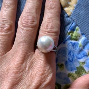 Plunder faux pearl ring